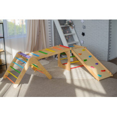 Set of 4 items (colored triangle+cube+2 ramps)